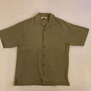 Tommy Bahama Mens Olive Green button Down Size S